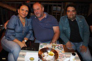 Duzimar de Souza Oliveira/Cristiane de Oliveira e o filho Vitor Eduardo de Oliveira