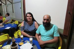 Tiago Lucas e a namorada Renata Macedo