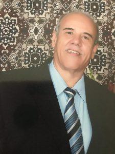 Archibaldo Comemora aniversário, dia 23 de novembro, o o gerente administrativo da Rede Liberdade de Supermercados, Archibaldo Ferreira dos Santos  Ele recebe os  parabéns  da esposa Cláudia de Souza Ferreira dos Santos, dos filhos Mariana e Archibaldo Júnior, dos familiares e amigos