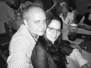 Mauro Comemora aniversário, dia 23 de  novembro, o empresário Mauro César Henrique Ribeiro. Ele recebe os  parabéns da esposa Viviane Rocha, dos filhos, netos, amigos e  familiares