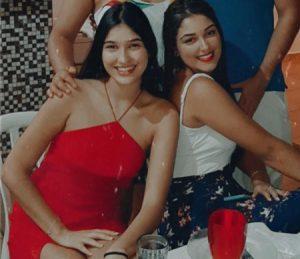 Júlia e Alice Comemoraram  aniversário, dia 18 de fevereiro, as gêmeas Júlia e Alice Faria Tayacol. Elas recebem os parabéns dos pais Maurício Carrer Tayacol e Cristiane Gonçalves Faria,  dos familiares e amigos