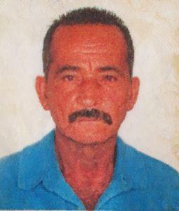 Sílvio Simão Ferreira Aos 63 anos, faleceu dia 11 de fevereiro, o lavrador Sílvio Simão Ferreira, casado com Maria Geni Lopes. São seus filhos Eurípedes, Sílvia, Fabiano e Cynthia. Ele, que deixa netos, tem os irmãos Arli, Arlei e Sílvia.