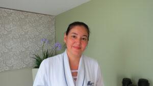 """""""Acho que o método seria inviável, pois mesmo com o contato direto com o paciente, profissionais da área da saúde têm às vezes certa dificuldade em concluir diagnósticos precisos e imediatos. O uso da tecnologia, em certos casos, só geraria discordância entre diagnóstico e paciente"""".  Andreza Gomes da Silva Nishimoto Maeda, 40 anos, enfermeira chefe"""