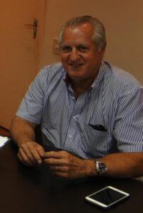 Márcio Comemora aniversário dia  31 de março, o presidente da Apae de Ituverava, o engenheiro  agrônomo Márcio Roberto Gonçalves Vieira, casado com a engenheira de alimenos, Vânia Moysés Chabeub Vieira. Ele recebe os parabéns da esposa, dos familiares e amigos