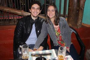 Alexandre Diniz e a namorada Brenda Quintanilha