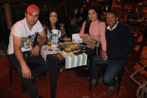 Douglas Scapim/Aline Souza, Fabrício Nogueira e a namorada Priscila Scapim