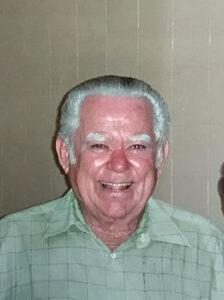 """Domingos Ribeiro de Matos  Faleceu dia 10 de maio, aos 86 anos, o aposentado Domingos Ribeiro de Matos. São seus filhos Valdisse, Walter, Laerte (in memoriam), Julieta, Marco e netos Eduardo, Vanessa, Karina, Marcelo, Marina e Alice. Filho de Antônio Ribeiro de Matos e Julieta Pinheiro de Matos (ambos falecidos), são seus irmãos Ivertson (""""Neguinho"""") (in memoriam), Adolfo (in memoriam), Edina e Zilda."""