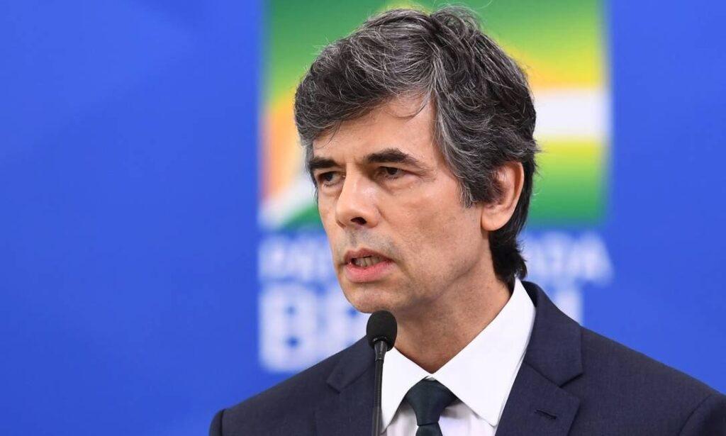 Ministro pede demissão e deixa Saúde menos de um mês após ser ...