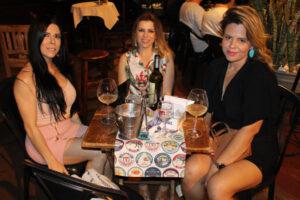 Elisângela Zanella, Alessandra Oliveira e Alainne Lima