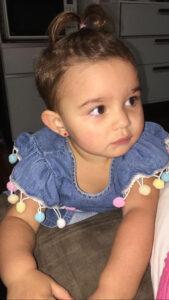 Helena Comemora seu segundo aninho, dia 4 de abril, Helena Galdiano Dorascenzi. Ela e filha de Ricardo Dorascenzi e Lesliene Bugalho Galdiano Dorascenzi. Ela recebe os parabéns dos pais, avós, tios,  familiares e amigos