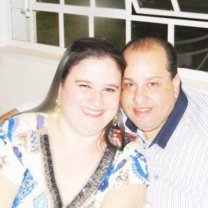 "José Augusto (""Guto"") Comemora aniversário dia 26 de julho, José Augusto Ferreira dos Santos (""Guto""). Ele recebe os parabéns da esposa Poliana Cristina de Lima Silva, do filho Arthur,  dos familiares e amigos"