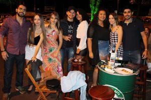 Rodrigo Daniel, Brenda Lemes, Lívia Lemes, Igor Pierazo e a namorada Vitória Vital, Janaína Carvalho, Júlia Lemes e Ali Hamie