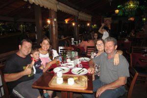 Jeferson Careta/Roseli Cristina, com filho Miguel Careta, Geraldo Donizete Careta/Vera Lúcia