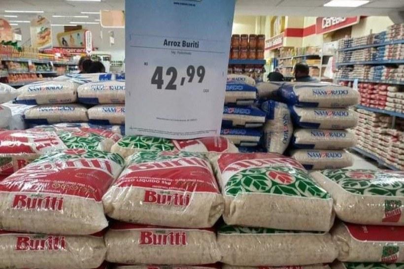 Bolsonaro apela a comerciantes para conter preço do arroz, e ministra diz  que produto 'não vai faltar' - Tribuna de Ituverava