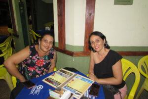 Mônica Garcia e a amiga Michele Pavan