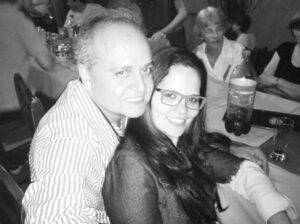 MAURO RIBEIRO Comemora aniversário, dia 23 de novembro, o empresário Mauro César Henrique Ribeiro. Ele recebe os parabéns da esposa Viviane Rocha, dos filhos, netos, amigos e  familiares
