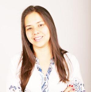 Andréa Comemora  aniversário dia 18 de janeiro, a vereadora Andréa Fonseca Yamada Scotte. Ela recebe os parabéns do esposo Marcelo Rodrigues Scotte, dos filhos Manuela e João Marcelo, dos familiares e amigos