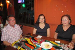 Dr. Ricardo Sandoval Garcia/Mara e filha Renata
