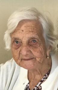 Geni de Andrade da Silva Faleceu dia 31 de julho, aos 93 anos, Geni de Andrade da Silva, casada com Benedito Tomaz da Silva (in memoriam). Ela deixa cinco filhos, netos, bisnetos e genros. Filha de João Inácio de Andrade e Maria Costa de Andrade.