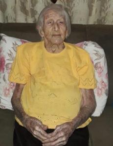 """Ana Lima de Oliveira  (""""Dona Ana"""") Faleceu dia 6 de setembro, aos 99 anos, Ana Lima de Oliveira (""""Dona Ana""""), casada com José Teodoro de Oliveira (in memoriam). São seus filhos Hermes (in memoriam), Élio, Élcio, Evandro, Vicente, Olga, Ademir e Aparecida Helena (""""Cidinha""""). Ela deixa genros, noras, netos, bisnetos e trineto"""